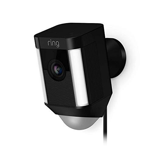 Ring Spotlight Cam Wired von Amazon | HD Sicherheitskamera mit LED Licht, Sirene und Gegensprechfunktion, 240 V kabelgebunden, schwarz