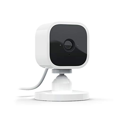 Wir präsentieren: Blink Mini – eine kompakte, intelligente Plug-in-Überwachungskamera für den Innenbereich mit 1080p HD-Video und Bewegungserfassung, die mit Alexa funktioniert – 1 Kamera