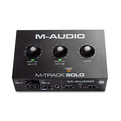 M-Audio M-Track Solo – USB Audio Interface für Aufnahmen, Streaming und Podcasting, mit XLR-, Line- und DI-Eingängen, inklusive Softwarepaket