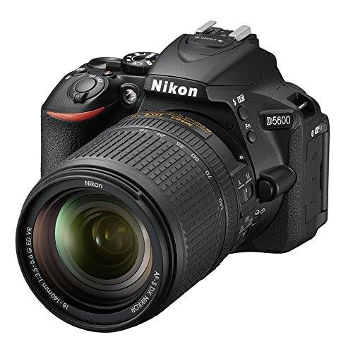 Nikon D5600 Digital SLR im DX Format mit AF-P DX 18-140mm VR (24,2 MP, 3,2 Zoll dreh- und neigbarer Touch-Monitor, SnapBridge, AF mit 3D-Tracking, Full-HD Video incl. Zeitraffer)